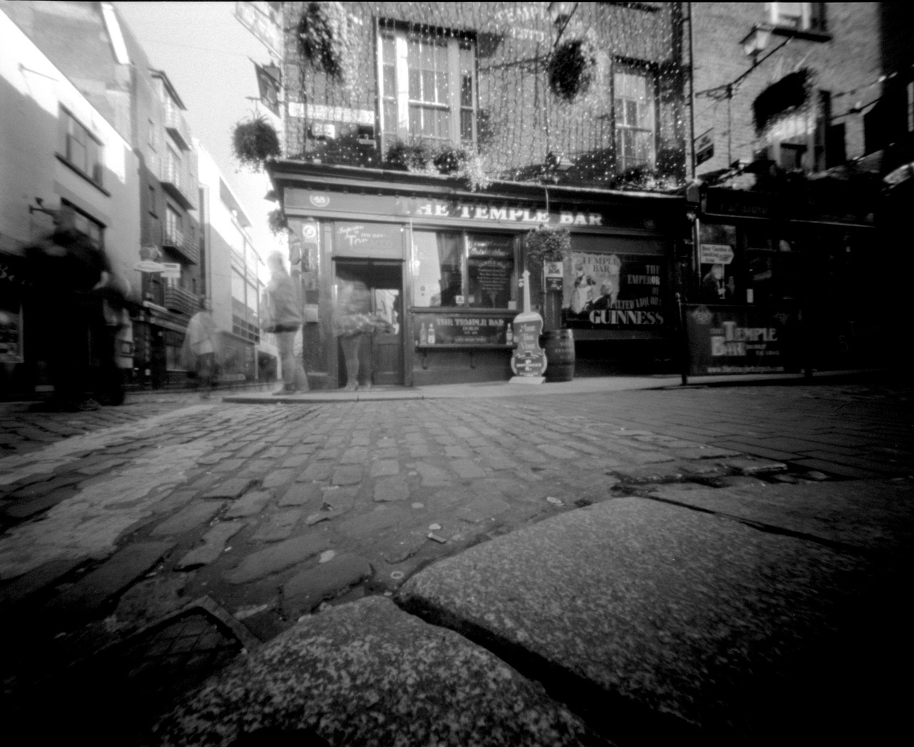 The Temple Bar, Zero Image 4×5, Tri-X, 20 second exposure, ©Brendan Comey